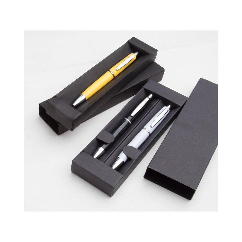 Dyra - pudełko na długopisy