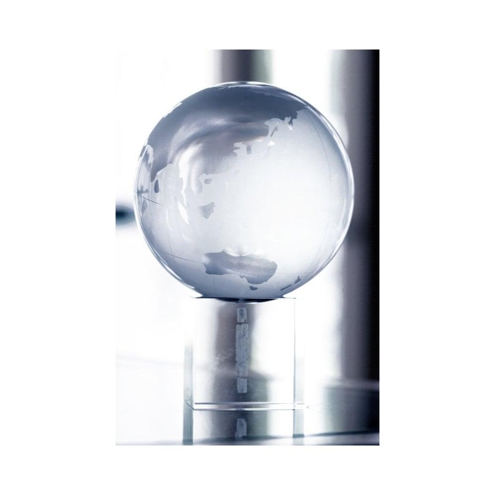 Satelite - kryształowy globus
